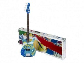 damien hirst flea color bass guitars 1 620x413