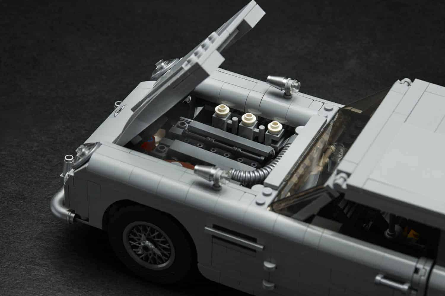 De auto van James Bond van LEGO