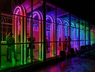 Lichtinstallatie Transito van Space Encounters en Children of the Light