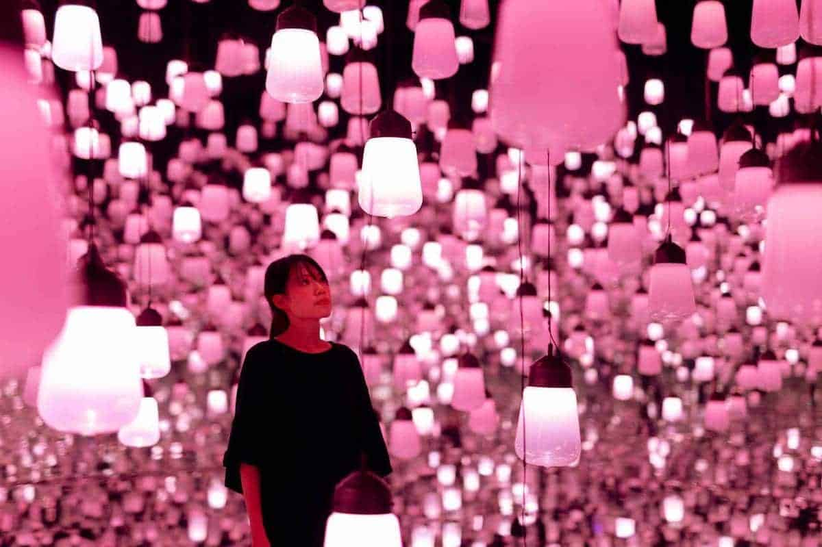 Forest of Resonating Lamps