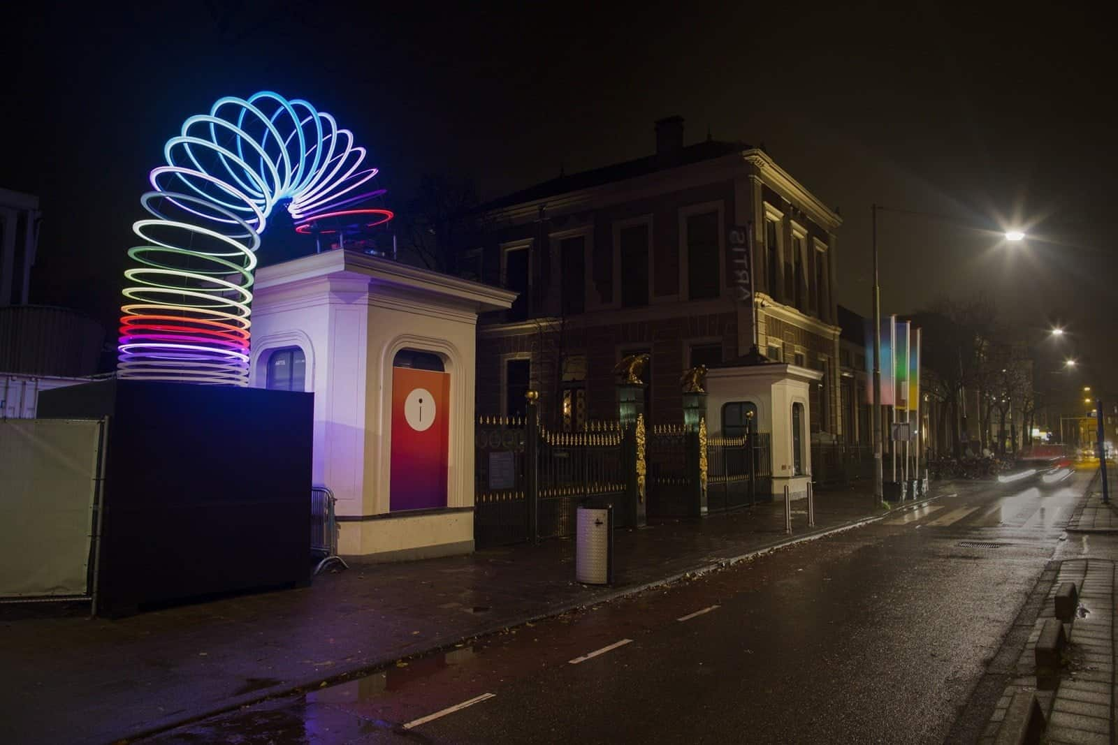 End over End - By Lucy McDonnell (Studio Vertigo) - Amsterdam Light Festival 2019 - Photo Copyright Janus van den Eijnden (2)