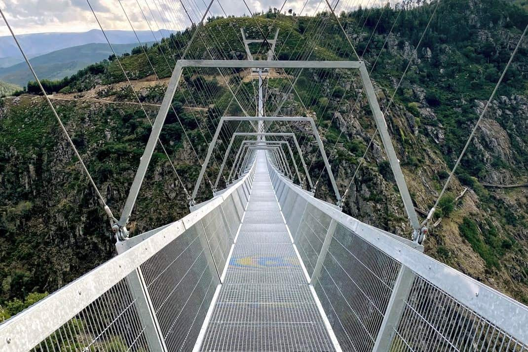 516 Arouca hangbrug in Portugal