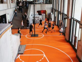 basketbal in een museum