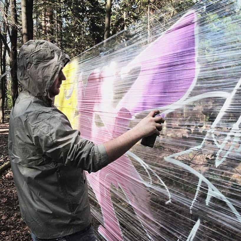 graffiti in het bos
