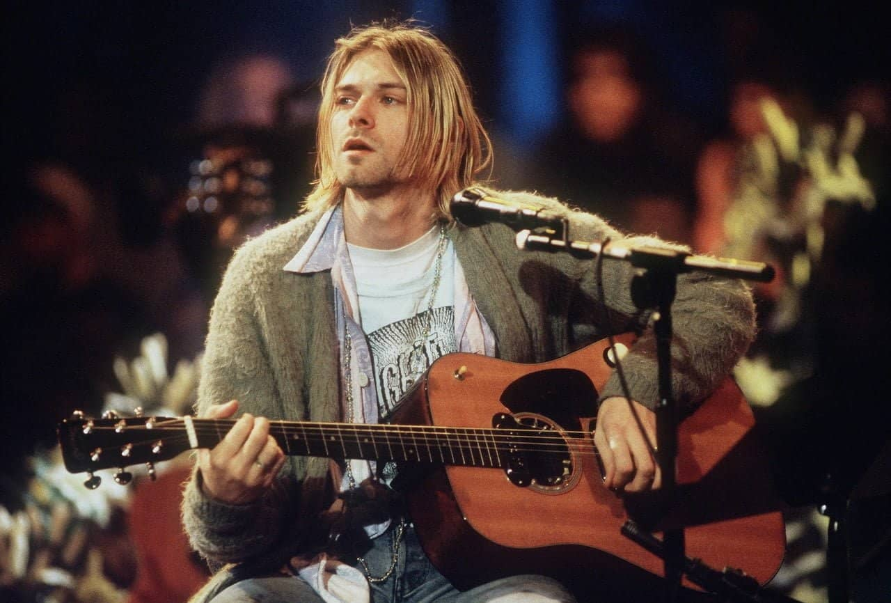 still uit MTV Unplugged