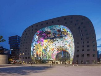 De Markthal in Rotterdam is open