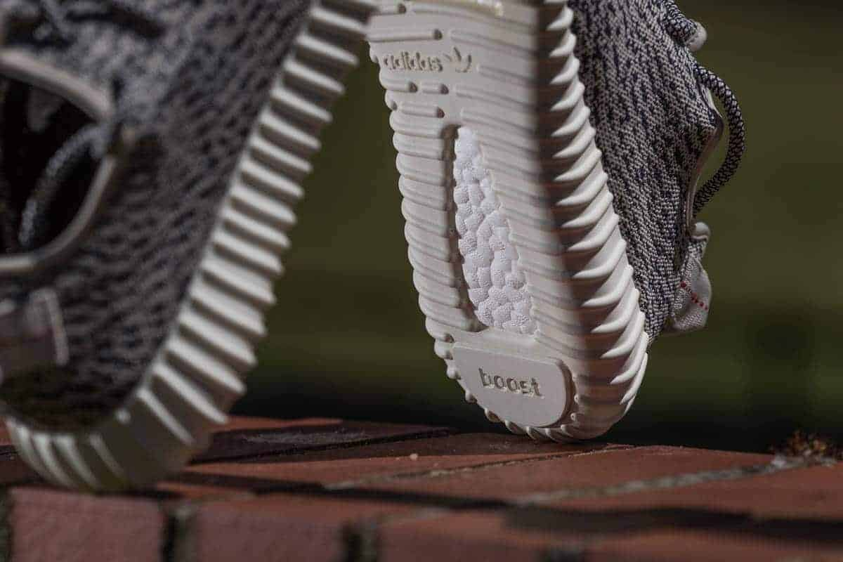 adidas Originals Yeezy Boost 350 Low